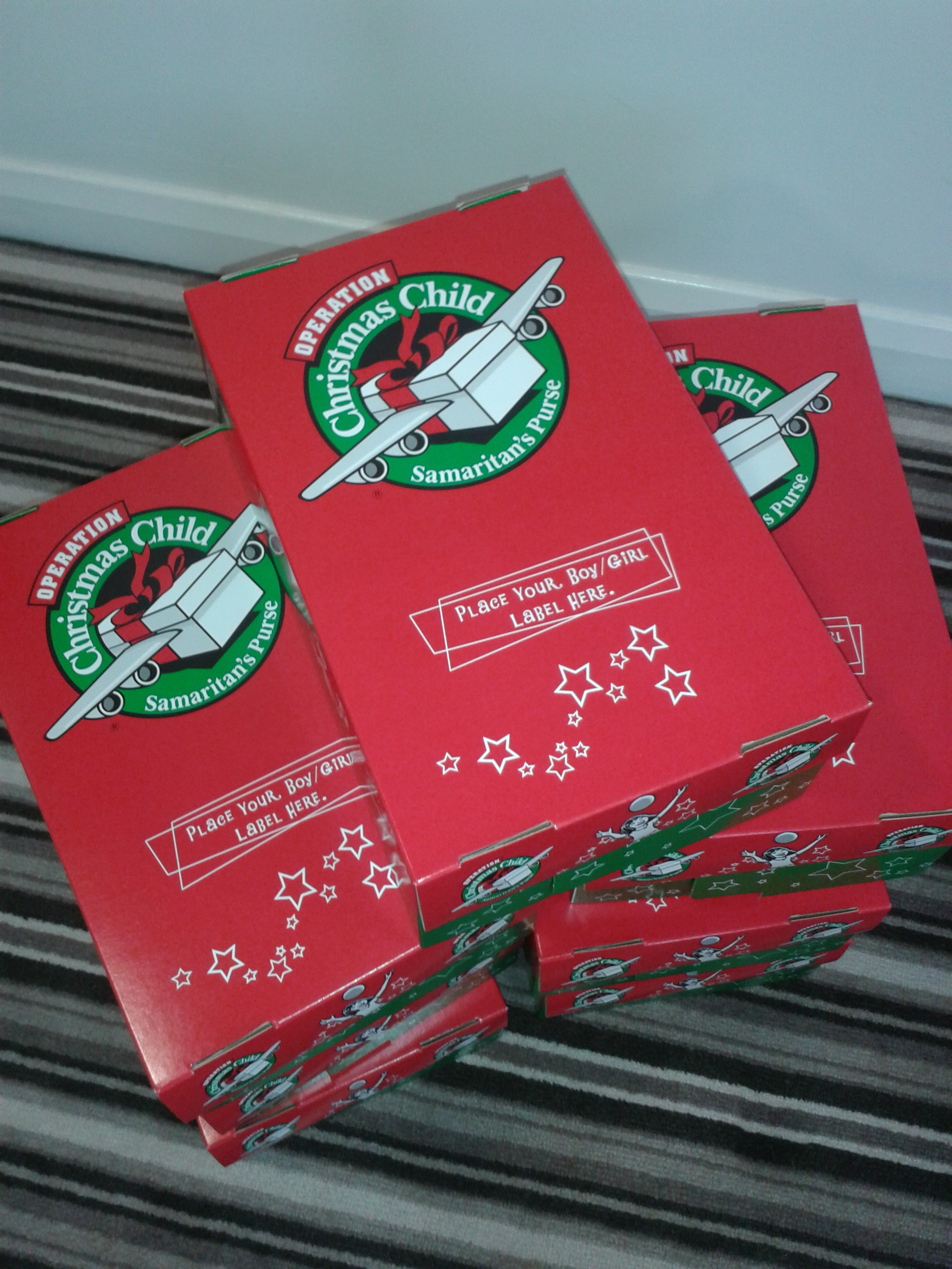 Christmas Shoe Box Appeal.Operation Christmas Child Shoe Box Appeal 2014